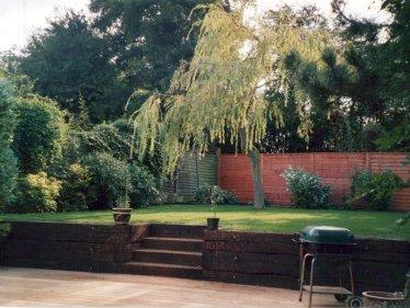 Beeline Landscape Gardening Based in St Albans Herfordshire